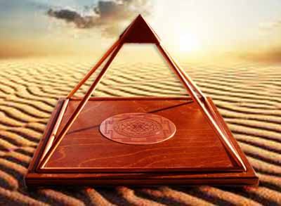 Copper Meru Pyramid With Shri Yantra